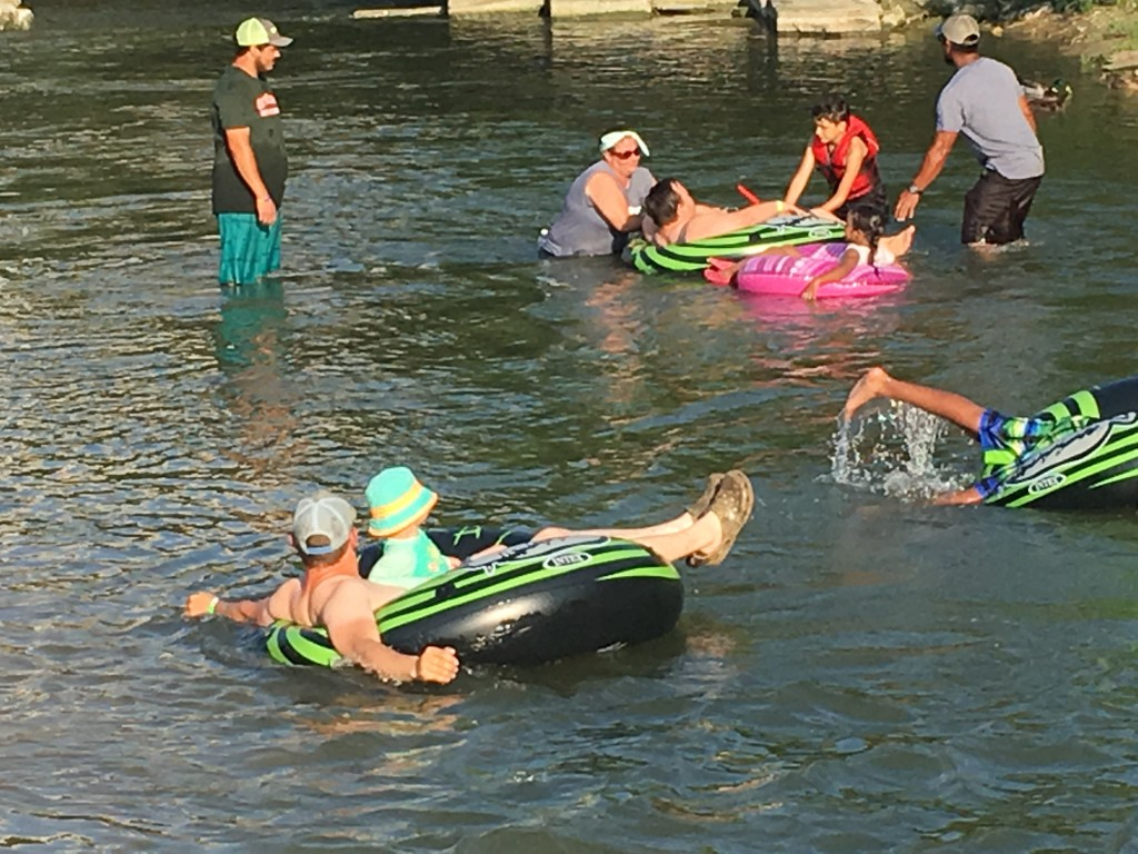 Tirzah Travels - Belton Texas - Tubing on Nolan Creek - Family Fun
