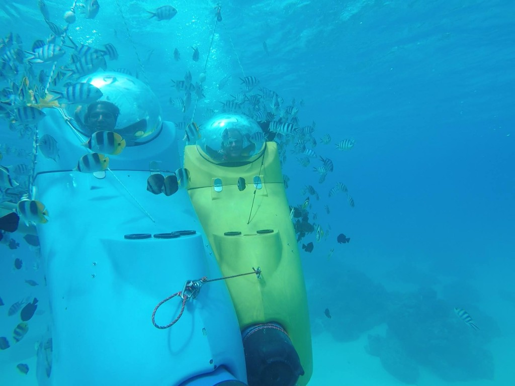 Honeymoon - Bora Bora and Moorea - Submarine Scooter Excursion